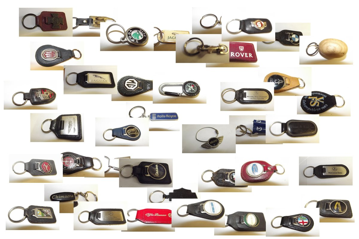 0000 KEYRINGS VARIOUS MAKES  For Sale (picture 3 of 6)