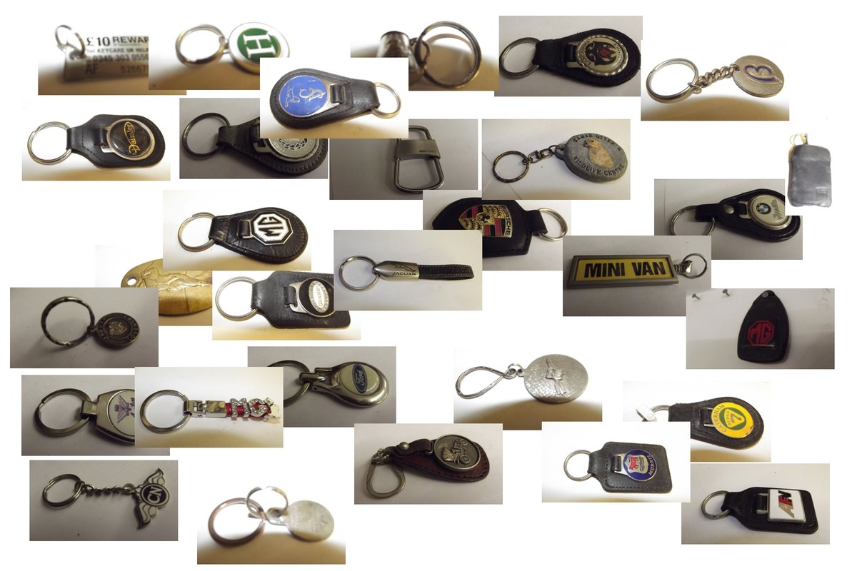 0000 KEYRINGS VARIOUS MAKES  For Sale (picture 4 of 6)
