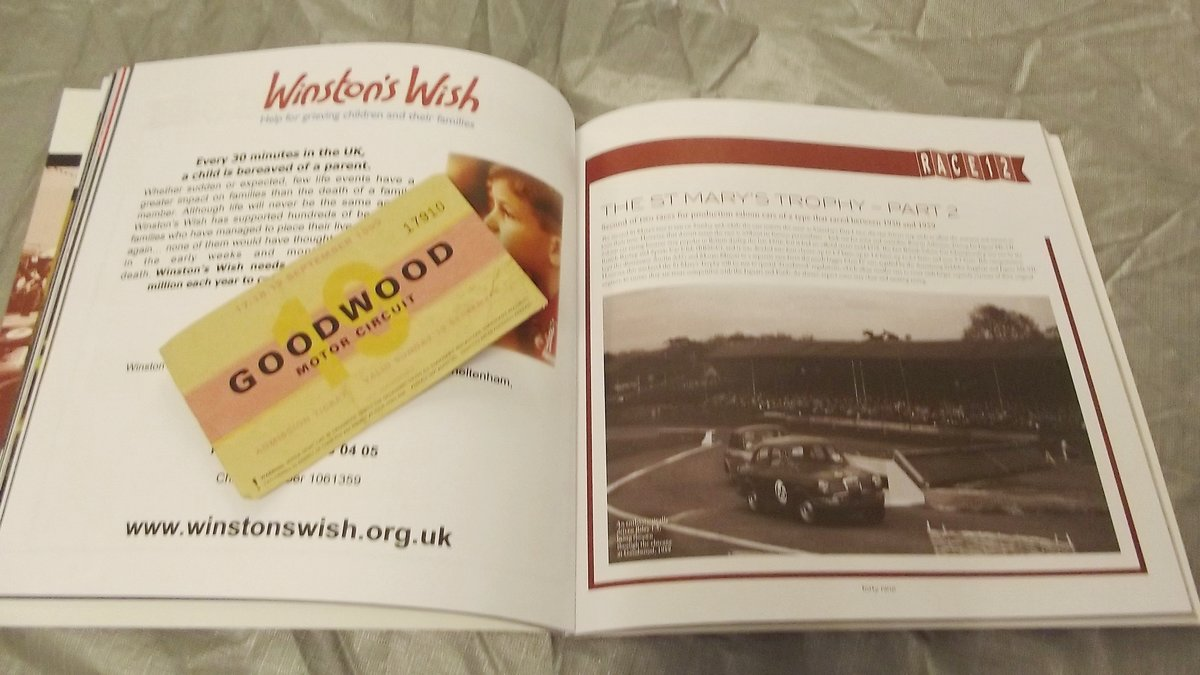 0000 GOODWOOD MEMORABILIA TICKETS AND BROCHURES For Sale (picture 5 of 6)