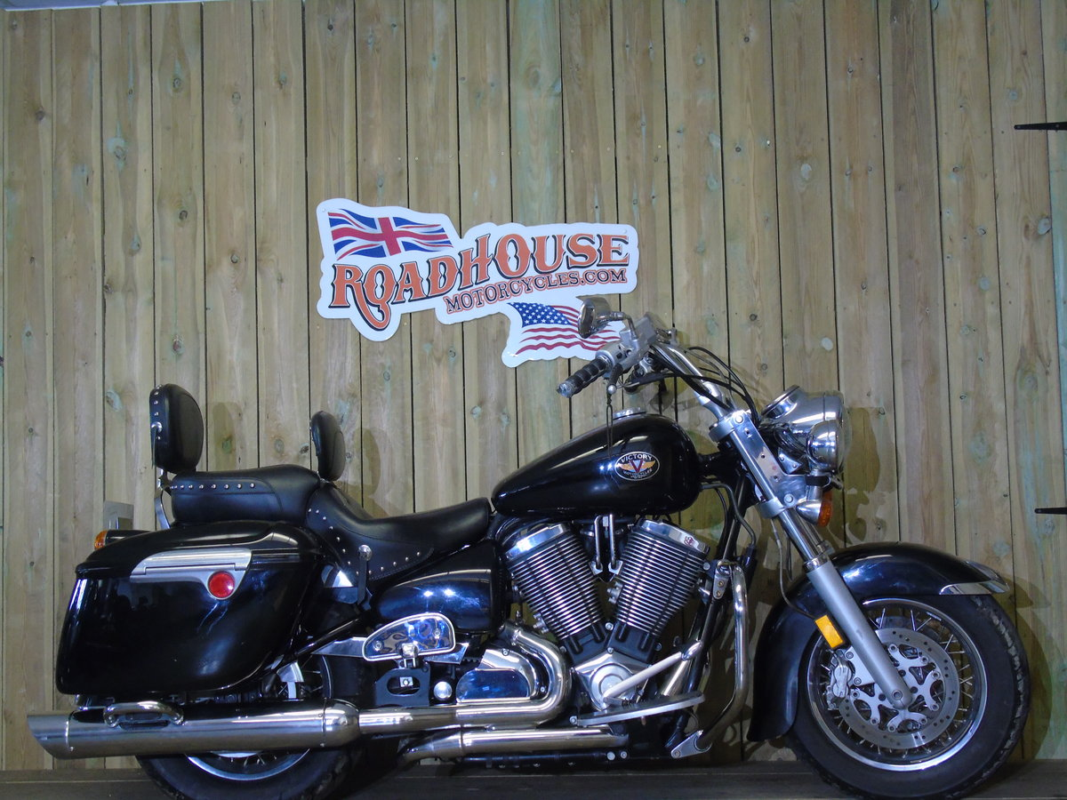 Victory V92 V92TC Touring Cruiser 2003 For Sale (picture 1 of 6)