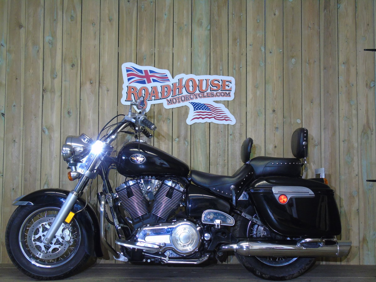 Victory V92 V92TC Touring Cruiser 2003 For Sale (picture 2 of 6)