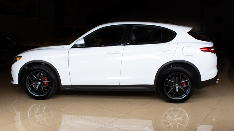 2018 Alfa Romeo  Stelvio Ti Sport SUV AWD Full Loaded $34.9k For Sale (picture 2 of 6)
