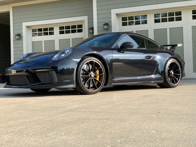 2018 Porsche 911 GT3 ( 991.2 ) Manual 6 speed Black $158.9k For Sale (picture 1 of 6)