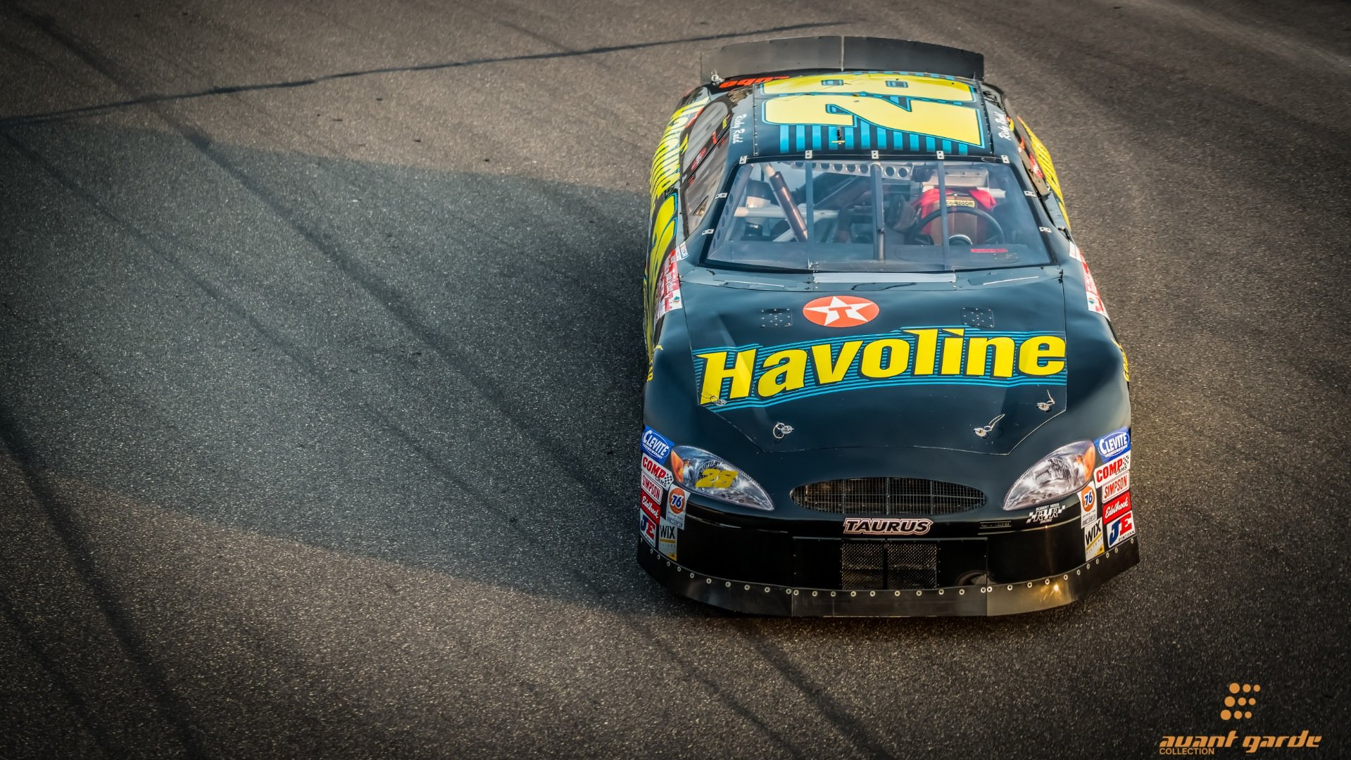 2000 Ford Taurus Nascar Race Car Fast 750-HP Ricky Rudd $99k For Sale (picture 1 of 6)