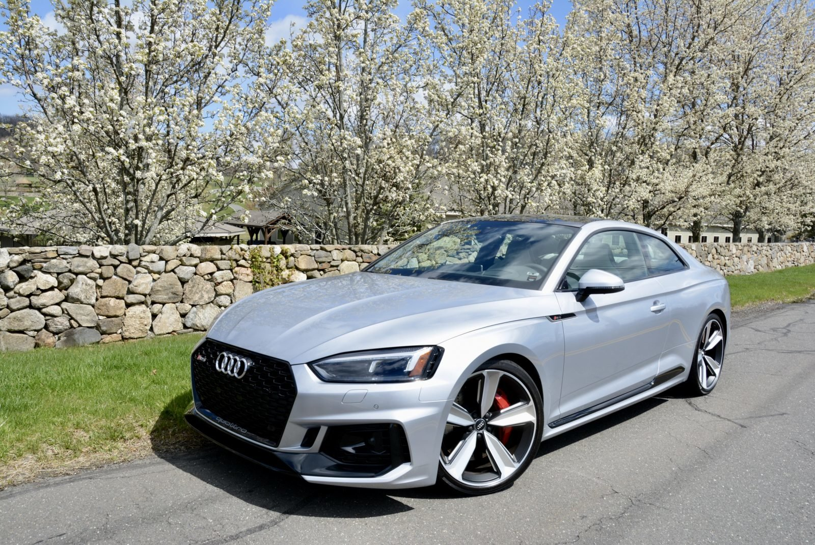 2018 Audi RS5 Coupe AWD Fast 444-HP 8 speed 1.4k miles $68.9 For Sale (picture 1 of 6)