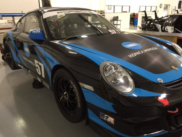 2009 Porsche 997 GT3 Factory Cup IMSA Gold Class Winning Car For Sale (picture 2 of 6)