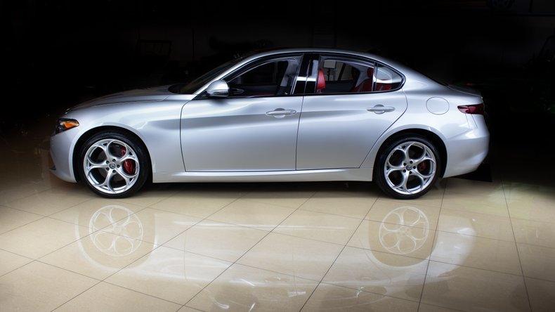 2018 Alfa Romeo Giulia 4 Door Sedan Siver 10k miles  $34.9k For Sale (picture 2 of 6)