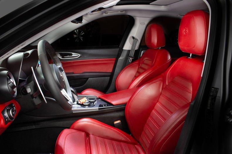 2018 Alfa Romeo Giulia 4 Door Sedan Siver 10k miles  $34.9k For Sale (picture 3 of 6)