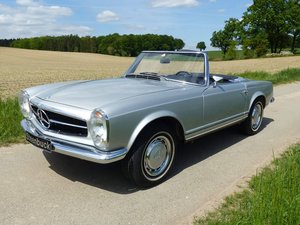 Mercedes-Benz 280 SL - The classic par excellence