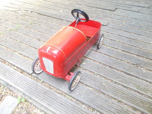 VINTAGE TRI-ANG PEDAL RACING CAR RED 1953