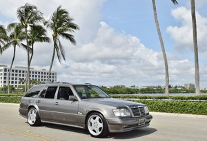 1994 Mercedes S-124 AMG WIDEBODY Wagon AMG Euro $27.9k