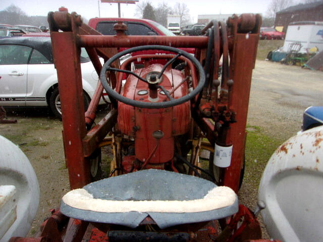 1960 Ford B600F with Front end Loader + Wheel Weights Runs $6.5k For Sale (picture 4 of 6)