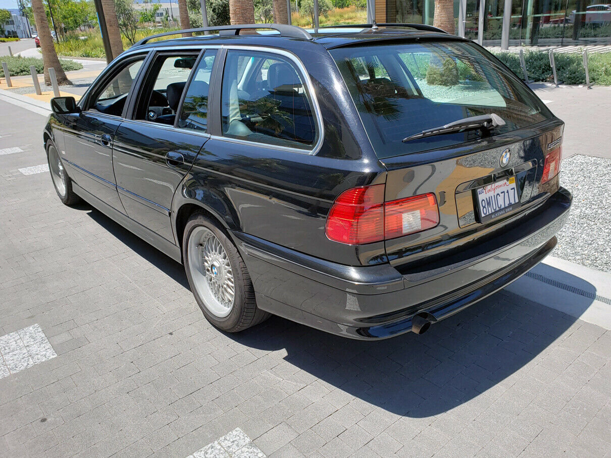 2001 BMW E39 525IT TOURING WAGON Rare 5 Speed $obo For Sale (picture 3 of 6)