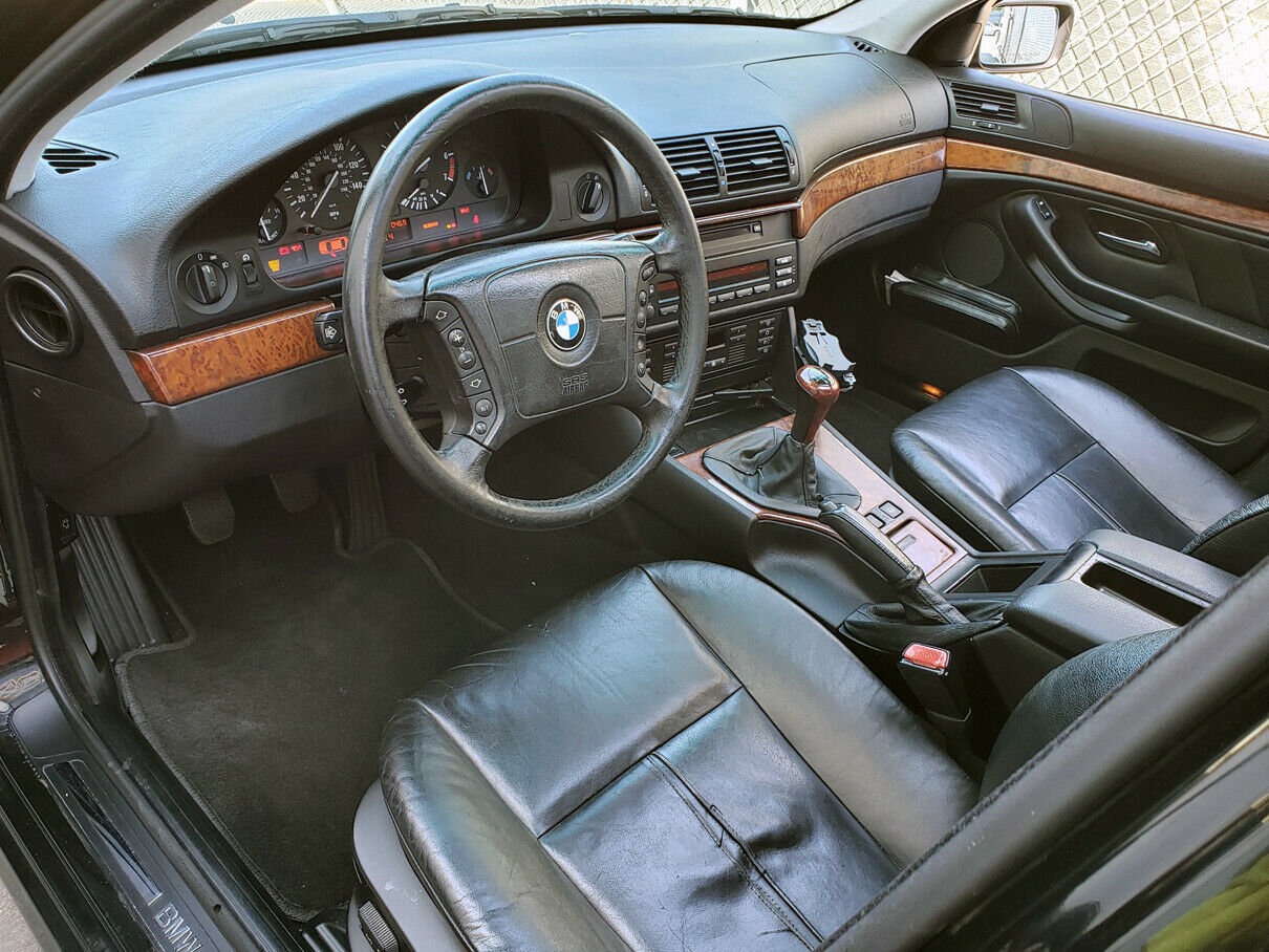 2001 BMW E39 525IT TOURING WAGON Rare 5 Speed $obo For Sale (picture 5 of 6)