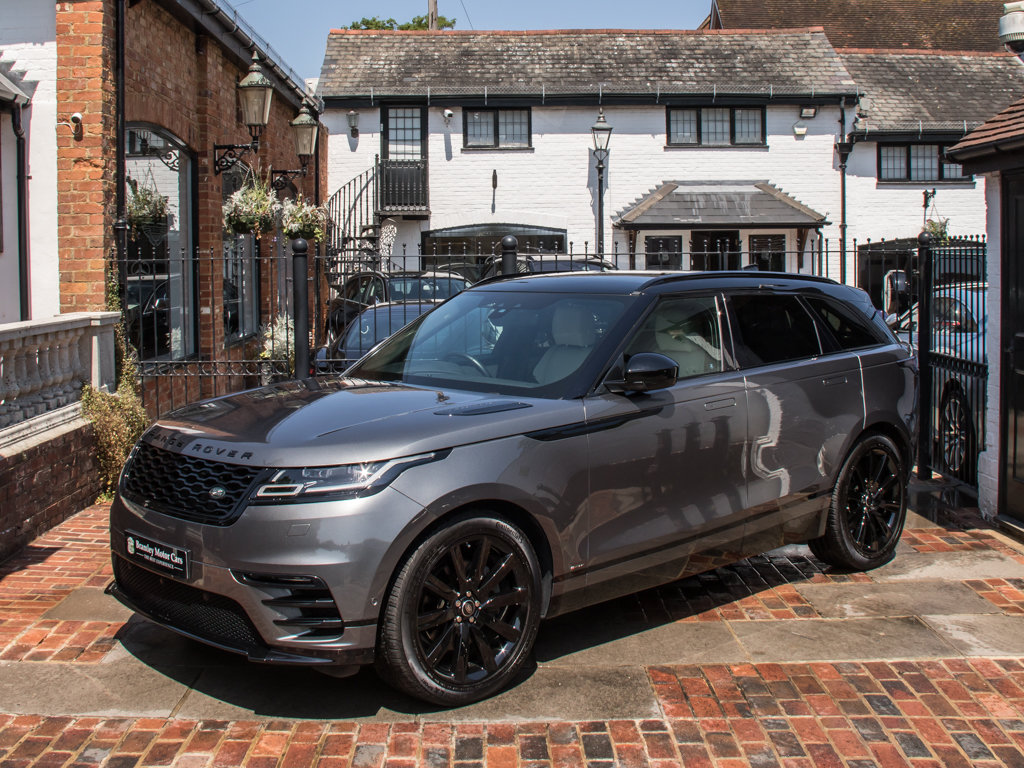 2018 Land Rover    VELAR P300 R-DYNAMIC SE For Sale (picture 4 of 6)