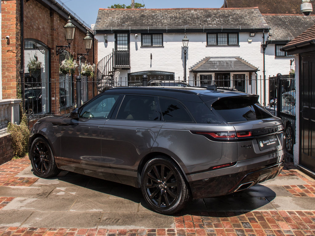 2018 Land Rover    VELAR P300 R-DYNAMIC SE For Sale (picture 5 of 6)