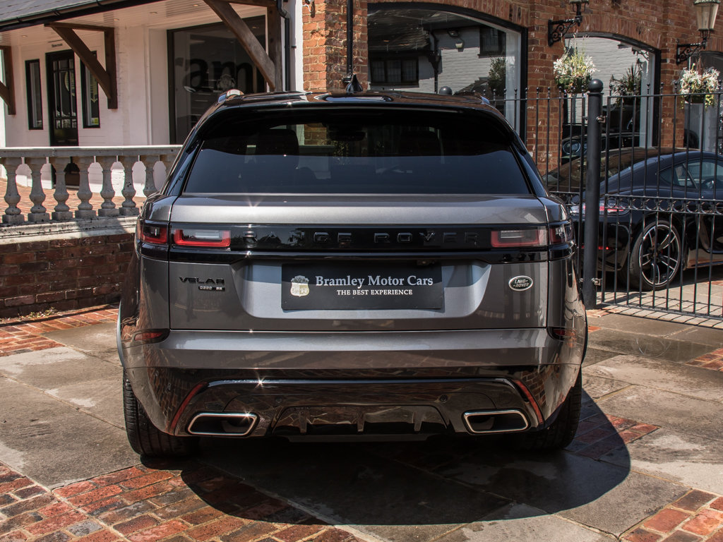 2018 Land Rover    VELAR P300 R-DYNAMIC SE For Sale (picture 6 of 6)