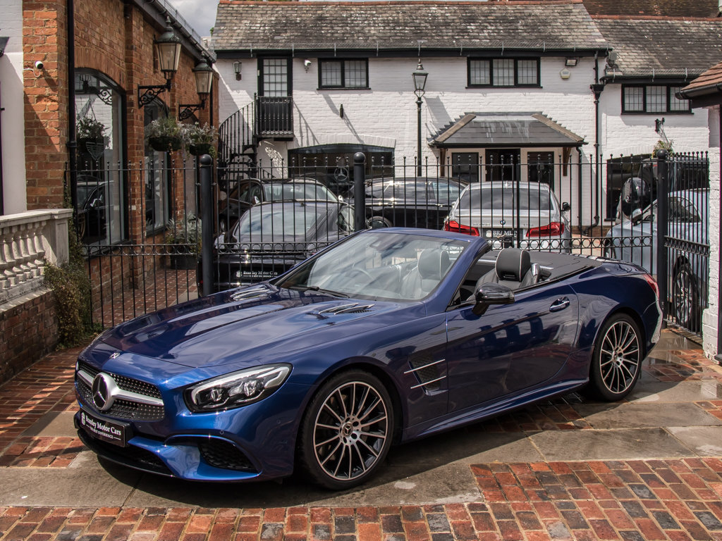 2017 Mercedes-Benz    SL400 AMG Line For Sale (picture 4 of 6)