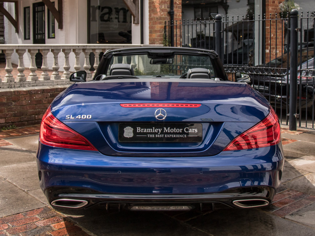 2017 Mercedes-Benz    SL400 AMG Line For Sale (picture 6 of 6)