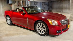 2009 Cadillac XLR Roadster Convertible Red only 5k miles $39