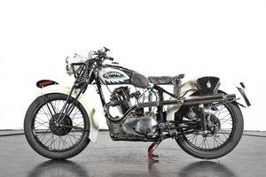 TAURUS - 250 BITUBO - 1947