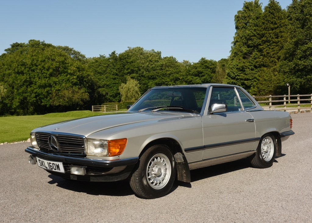 1980 Mercedes-Benz 380 SL Roadster SOLD by Auction (picture 1 of 6)