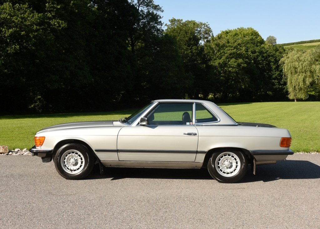 1980 Mercedes-Benz 380 SL Roadster SOLD by Auction (picture 2 of 6)