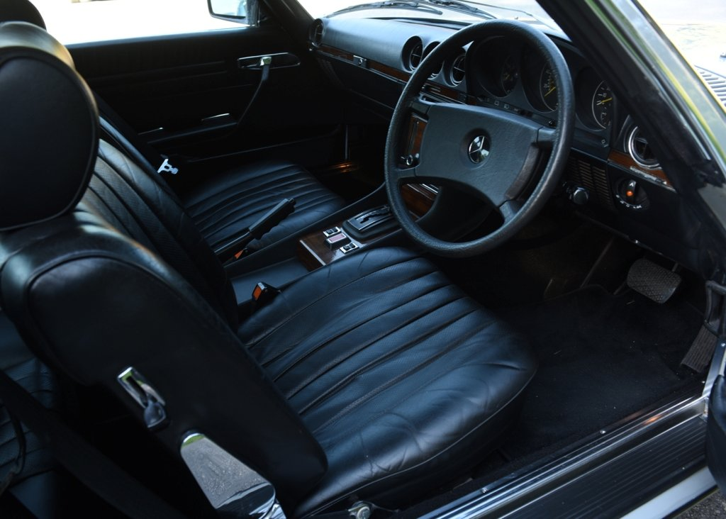 1980 Mercedes-Benz 380 SL Roadster SOLD by Auction (picture 5 of 6)