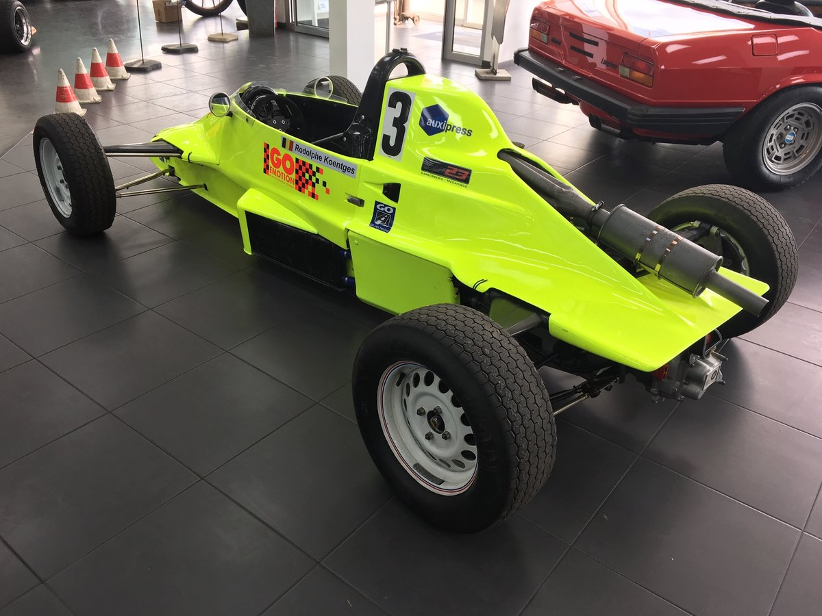 1985 Formula FF RF85 For Sale (picture 4 of 6)
