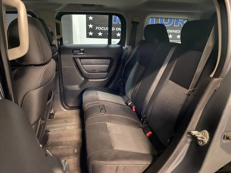 2008 HUMMER H3 SUV 4WD AWD gas Grey(~)Black $18.7k For Sale (picture 4 of 5)