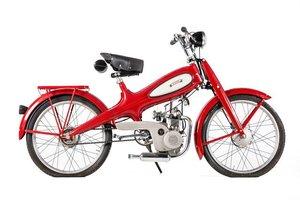 C.1950 MOTOM 48CC MOPED (LOT 516)