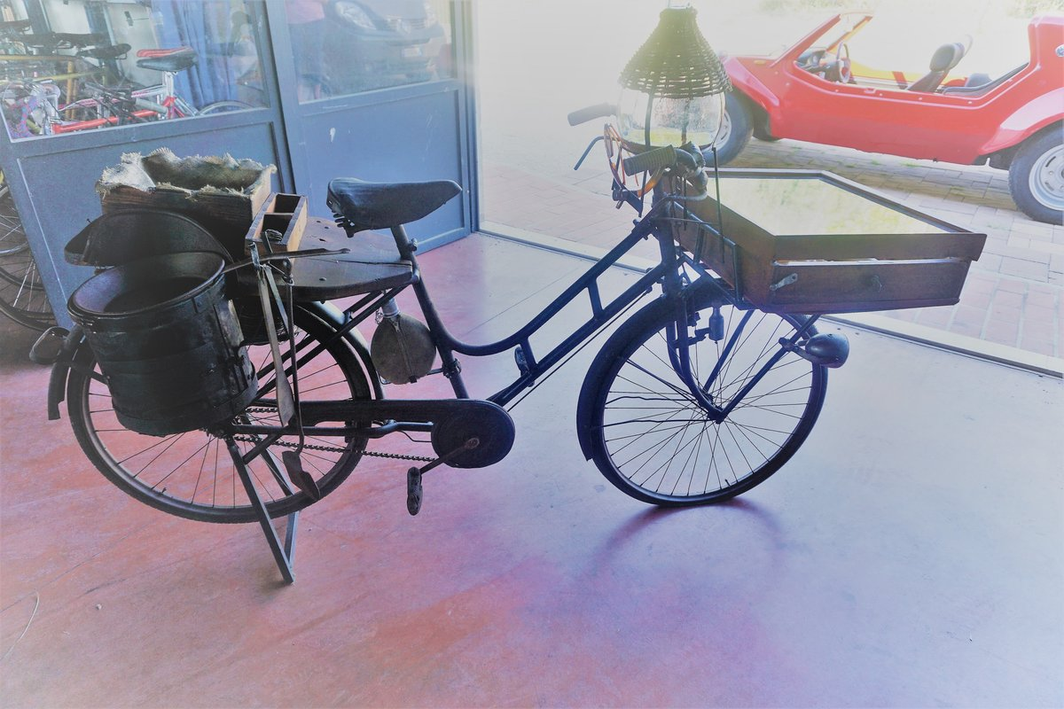 1945 Doniselli Bike as sales bike For Sale (picture 1 of 6)