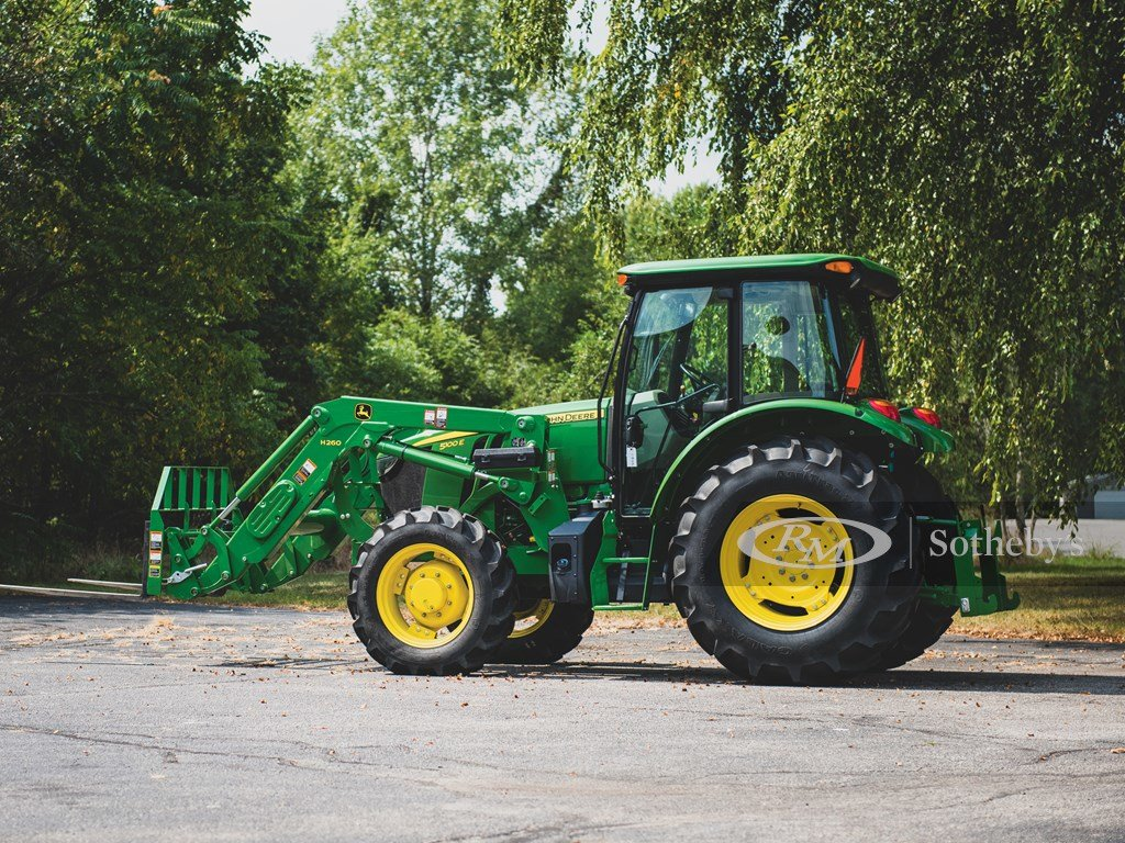 2016 John Deere 5100 E Tractor  For Sale by Auction (picture 2 of 6)