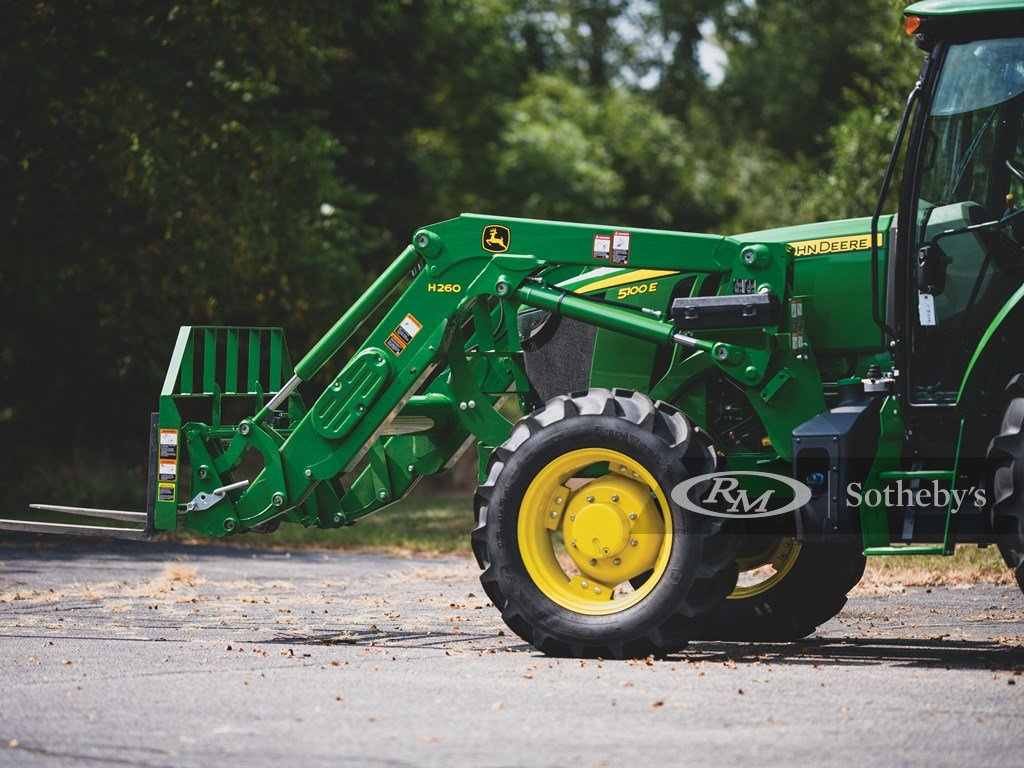 2016 John Deere 5100 E Tractor  For Sale by Auction (picture 5 of 6)