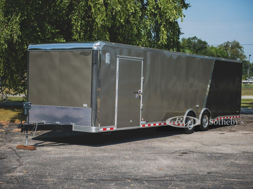 2015 Bravo 32-Ft. Tag-Along Trailer  For Sale by Auction (picture 1 of 6)
