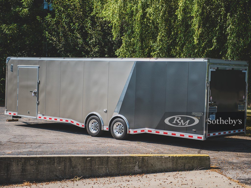 2015 Bravo 32-Ft. Tag-Along Trailer  For Sale by Auction (picture 2 of 6)