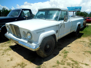 1967 Jeep Gladiator Pick Up Truck Long Bed 4WD 4x4 v8 $5k