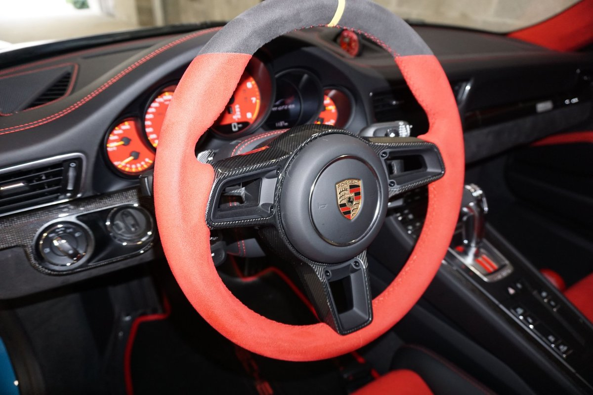 2019 Porsche 911 GT2 RS Weiseach Coupe Fast 691-HP $ob For Sale (picture 4 of 6)