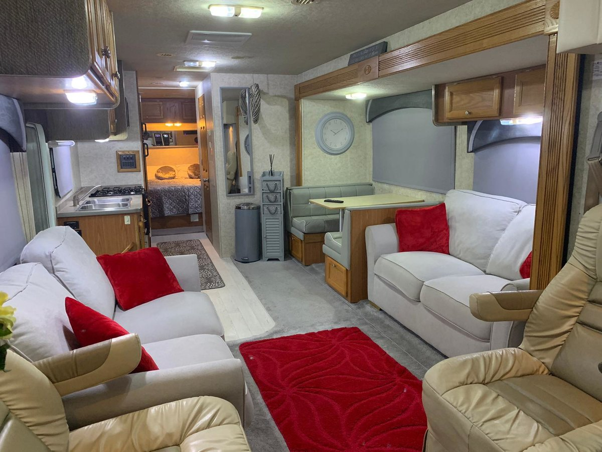 2005 GULFSTREAM INDEPENDENCE LHD Petrol / LPG For Sale (picture 4 of 6)
