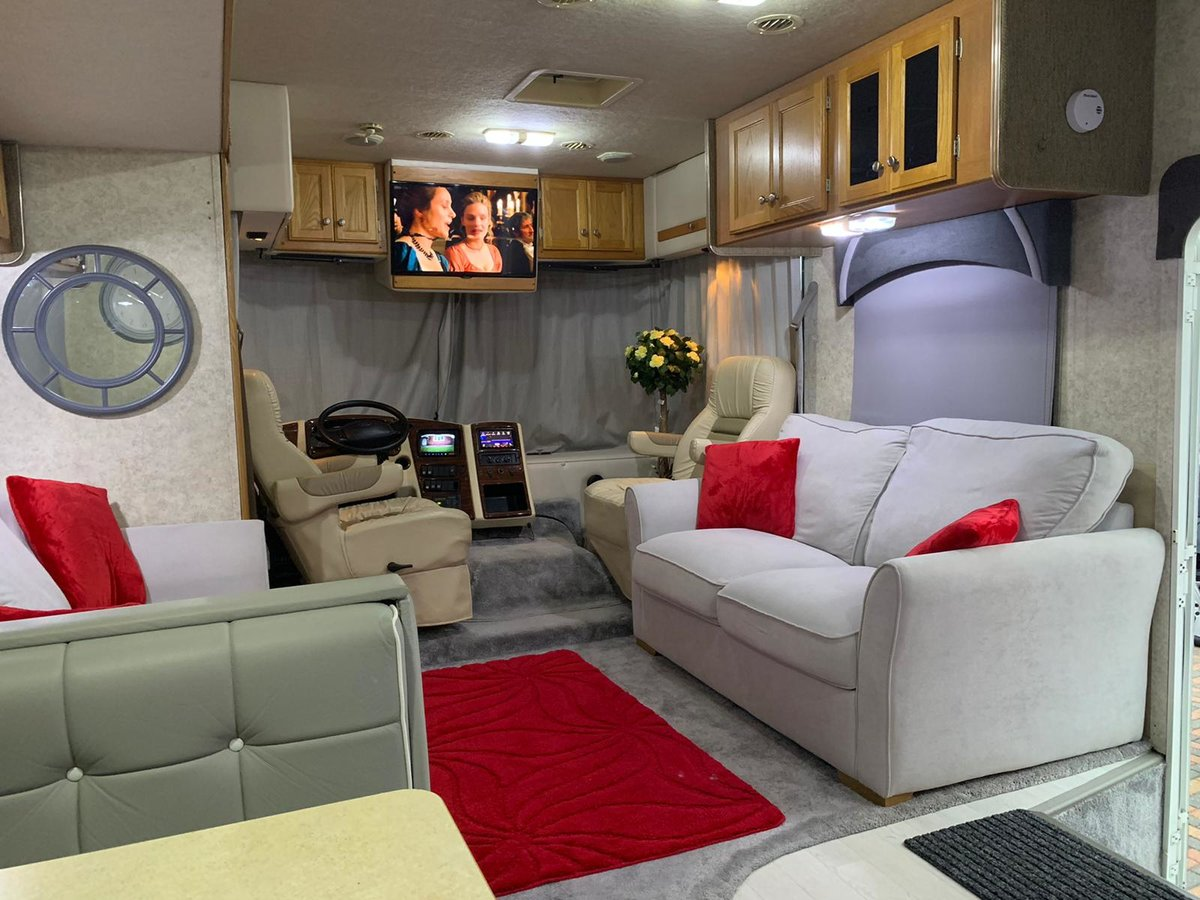 2005 GULFSTREAM INDEPENDENCE LHD Petrol / LPG For Sale (picture 5 of 6)