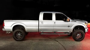 2015  Ford F350 Platinum Super Duty Pick Up Truck 4WD $52.9k