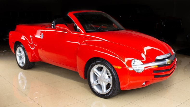 2004 Chevrolet SSR Pick Up Truck(~)Car 20k miles Red $32.9k For Sale (picture 1 of 6)
