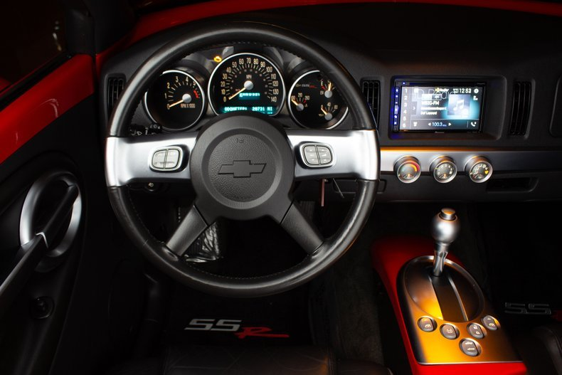2004 Chevrolet SSR Pick Up Truck(~)Car 20k miles Red $32.9k For Sale (picture 4 of 6)