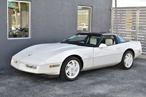 Picture of 1988 Corvette Coupe 35th Anniversary Edition Rare 1 of 180  For Sale