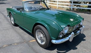 Picture of 1964 Triumph TR4 Roadster Convertible Restored Green $27.5k For Sale