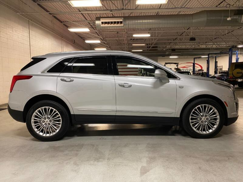 2017 Cadillac XT5 Platinum 4WD SUV Hot~Seats $35.6k For Sale (picture 1 of 6)