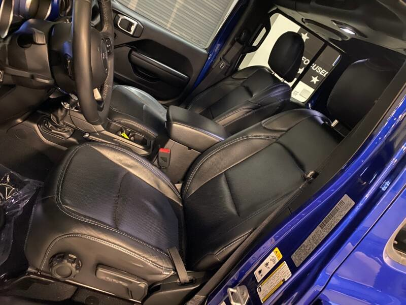 2018 Jeep Wrangler Unlimited Sport S 4x4 SUV Blue $49.7k For Sale (picture 3 of 6)