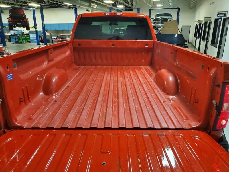 2010 Chevrolet Silverado 1500 4 Door Pick Up Truck 4x4 $obo  For Sale (picture 3 of 6)