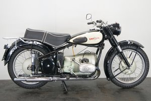 Picture of Universal 2B Meteor 1953 580cc 2 cyl ohv For Sale