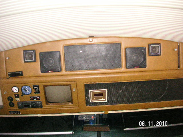 1982 Bluebird Wanderlodge Motor Home For Sale (picture 2 of 6)